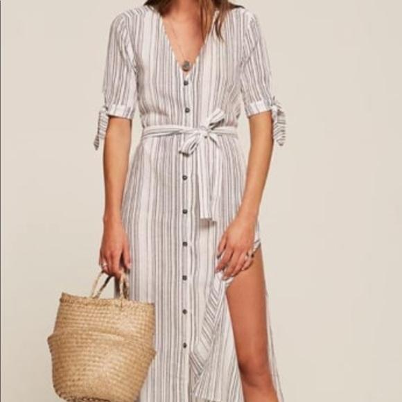 e906e0044d6 Reformation long linen dress. M 5c79a78fa5d7c6f684bbdcb4